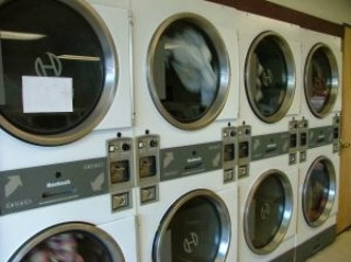 The Benefits Of A Laundromat Bakersfield Business